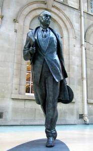 Philip-Larkin-tall